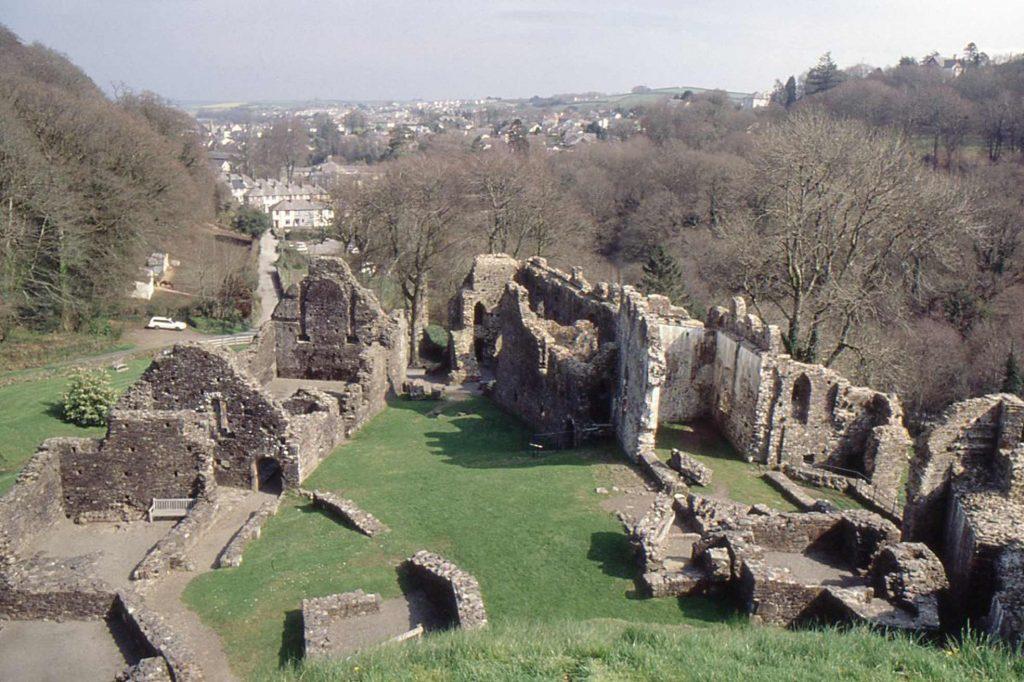 okehampton history dartmoor